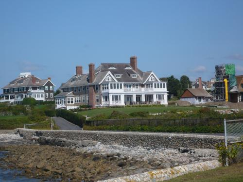 A NASDAQ billionaire's holiday home!, USA Trips