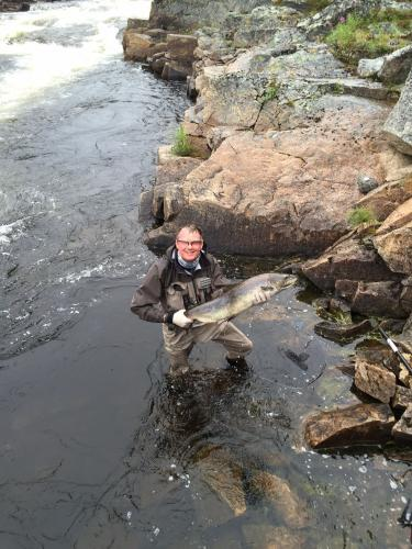 Hugh Clark with a PB Salmon of 25lbs from the Kola on a